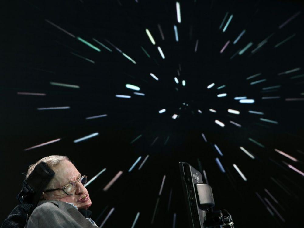 Des affaires appartenant à Stephen Hawking bientôt mis aux enchères